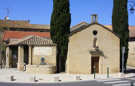 Bild: Chapelle Saint Pierre aus dem 12 Jh. in Courthezon