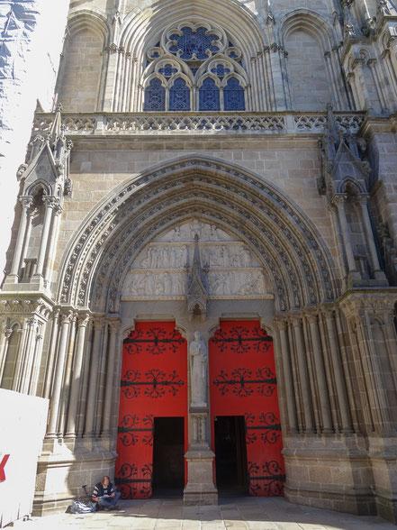 Bild: Portal der Cathédrale St.-Pierre in Vannes