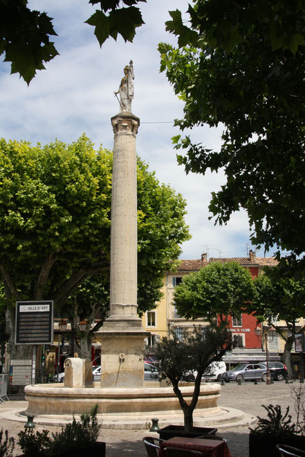 Bild: Apt, Luberon, Vaucluse, Provence