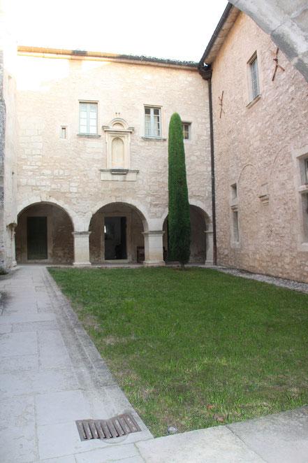 Bild: Kreuzgang der Abbaye St.-Hilaire bei Ménerbes