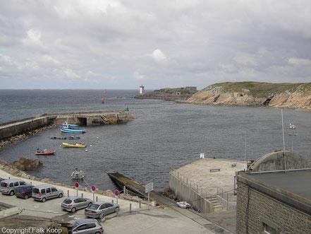Bild: Blick auf den Hafen von Le Conquet und Pahre de Kermovan