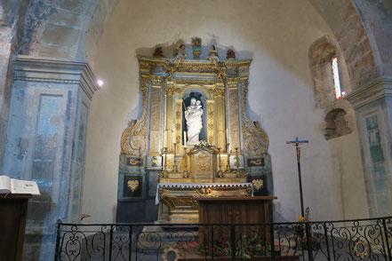 Bild: Der Hauptaltar in der Kirche von Venasque, Vaucluse, Provence