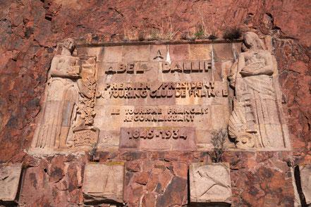 Bild: Denkmal an der Plage d´Abel Baliff, Massif de l´Estérel
