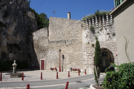 Bild: Porte de la Durance in Orgon