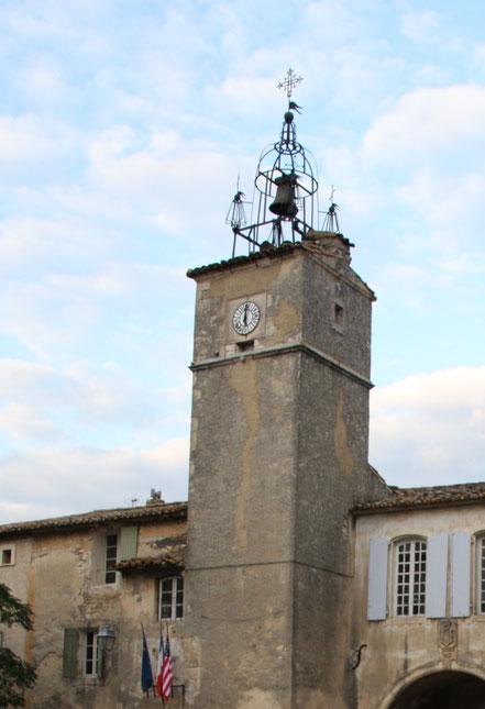 Bild: Schmiedeeiserner Glockenturm in Ménerbes, Provence