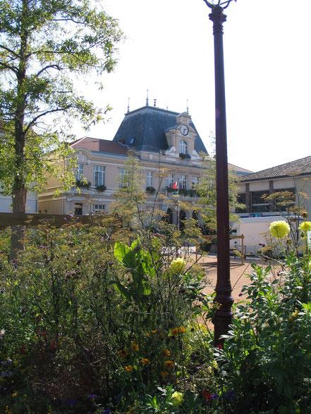 Bild: Hôtel de Ville in der Stadt Châtillon sur Chalaronne