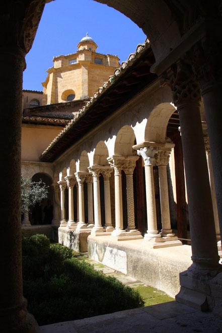 Bild: romanischer Kreuzgang in der Kathedrale Saint Sauveur in Aix-en-Provence