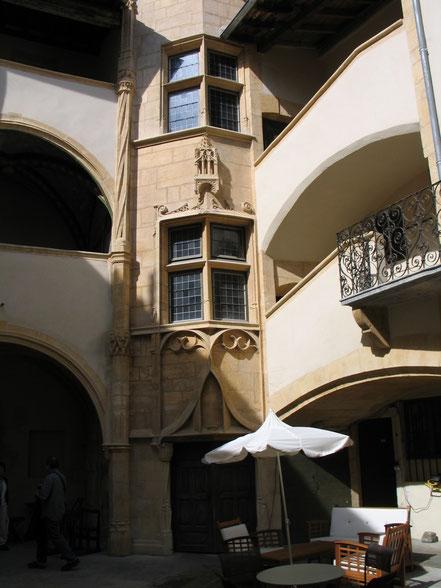 Bild: Treppenhaus in Vieux-Lyon in Lyon