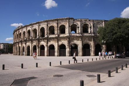 Bild: Amphitheater Nimes