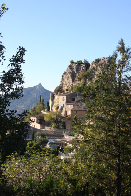 Bild: La Roque Alric in den Dentelles de Montmirail
