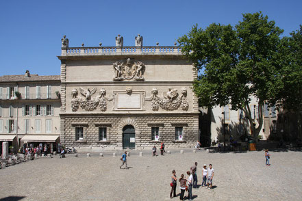 Bild: Avignon Münzprägeanstalt gegenüber Papstpalast