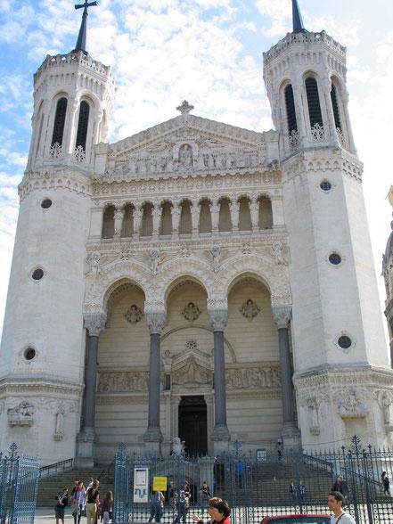 Bild: Basilika Notre Dame de Fourvière in Lyon
