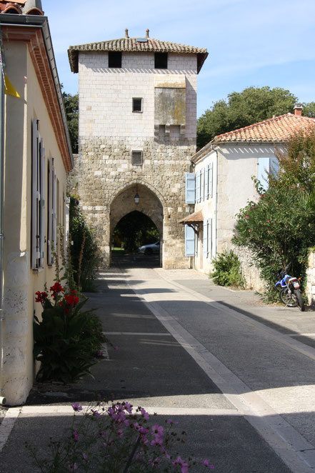 Bild: Stadttor in Vianne