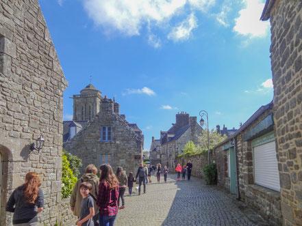 Bild: In den Straßen von Locronan, Bretagne