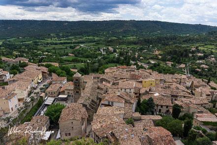Bild: Blick auf Moustiers-Sainte-Marie