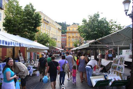 Bild: March´d aux Fleurs in Nice im Juli