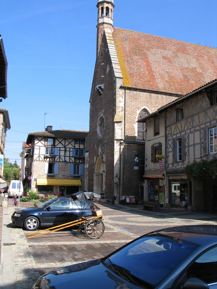 Bild: Église Saint André in der Stadt Châtillon sur Chalaronne