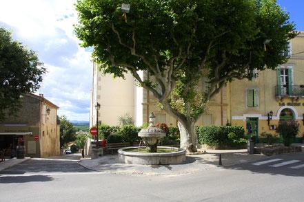 Bild: Fontaine in Châteauneuf du Pape