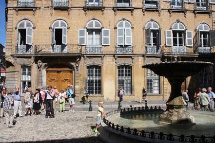Bild: Place d´Albertas in Aix-en-Provence