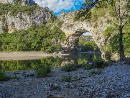 Bild: Pont d´Arc an der Ardèche