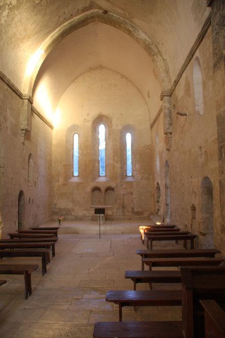 Bild: Im Innern der Abbaye de St.-Hiliaire bei Ménerbes