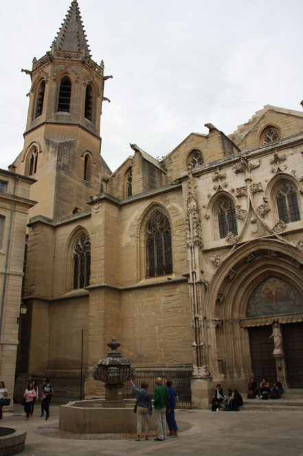 Bild: Cathédrale Saint-Siffrein in Carpentras