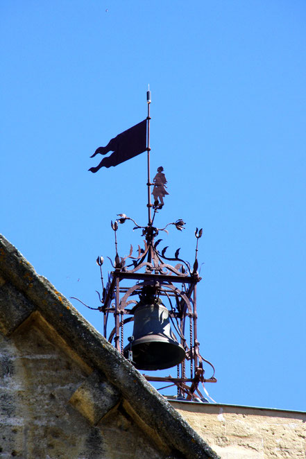 Bild: Glockenturm von Roquemaure im Gard