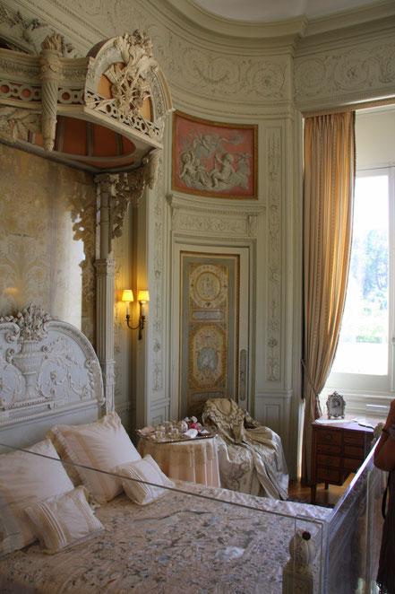 Bild: Schlafzimmer im Musée Ephrussi de Rothschild