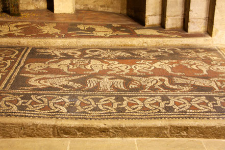 Bild: Mosaikboden der Prieuré de Notre Dame de Ganagobie