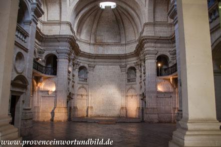 Bild: Nimes, Jesuitenkapelle