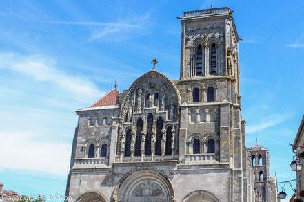 Bild: Basilika Sainte-Marie-Madeleine