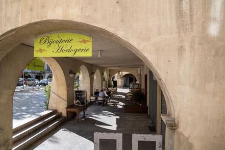 Bild: Nyons, Place du Docteur Bourdongle im Département Drôme