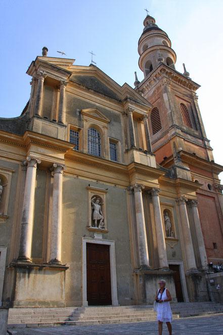 Bild: Fassade der Basilique St.-Michel-Archange in Menton