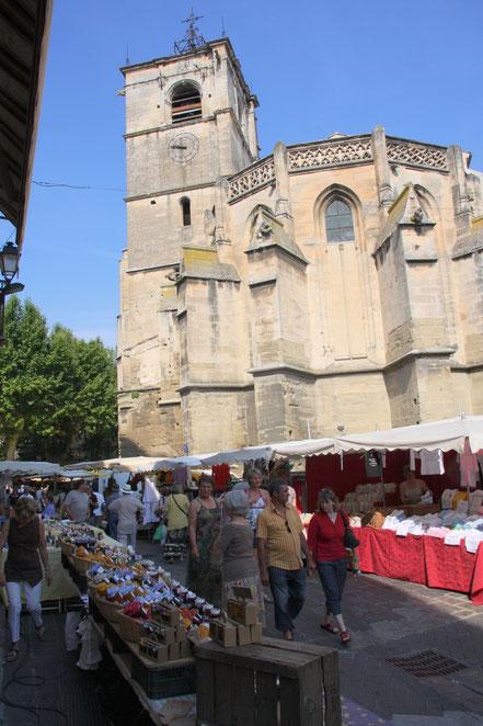 Bild: Turm Boutin auch Turm d´Argent in L´Isle-sur-la-Sorgue