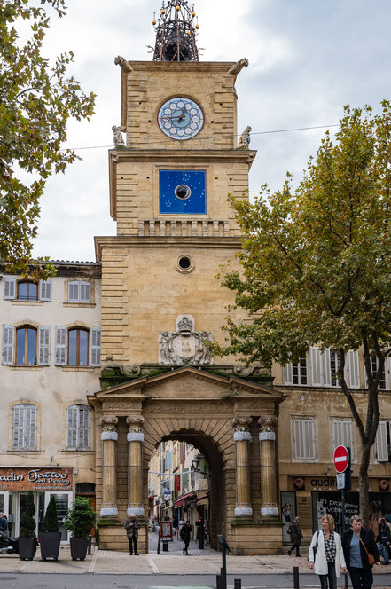 Bild: Salon-de-Provence hier Tour de l´Horloge vom Place Crousillat