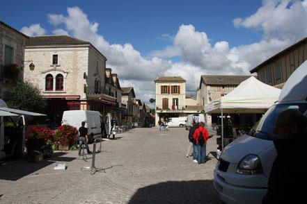 Bild: im Zentrum von Villeréal