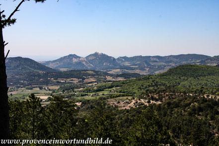 Bild: Ausblick bei der Auffahrt zum Mont Ventoux
