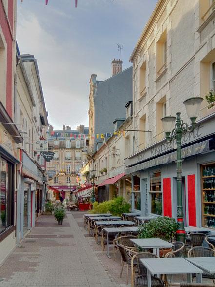 Bild: In den Sraßen von Touville-sur-mer