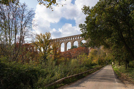Bild: Aquädukt de Roquefavour bei Ventabren im Bouches du Rhône