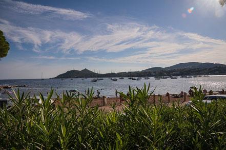 Bild: Strand in Agay, Massif de l´Estérel