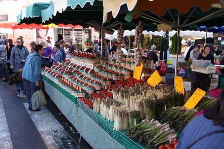 Bild: Wochenmarkt in Carpentras