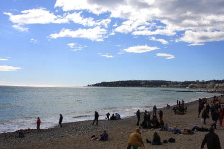 Bild: Am Strand von Menton in Richtung Cap Martin