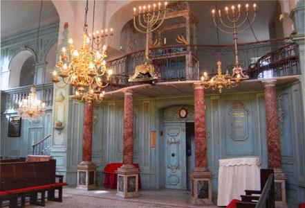 Bild: Eingang zum Gebetsraum der Synagoge in Carpentras