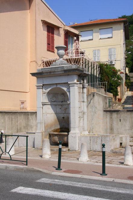 Bild: La Turbie, La Fontaine Carolo Felice