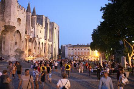 Bild: Avignon Papstpalast