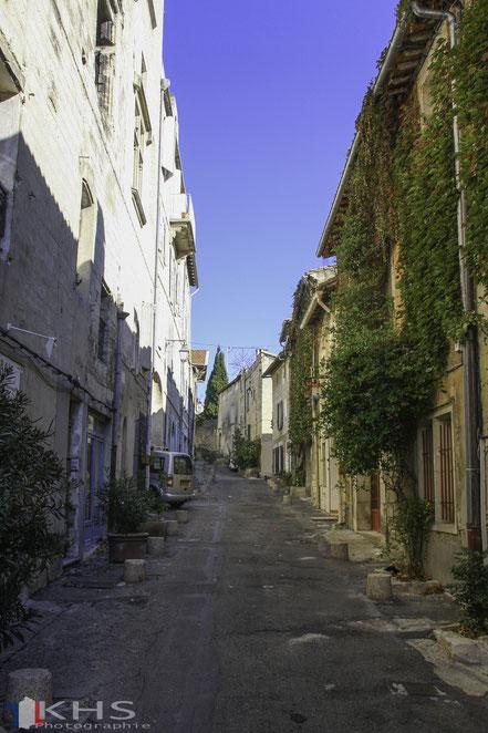Bild: Straße in Villeneuve lés Avignon