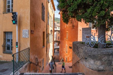 Bild: Grasse, Escalier de l´Hôtel de Ville im Département Alpes Maritimes