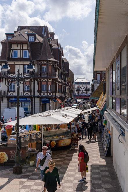 Bild: Étretat  in der Normandie