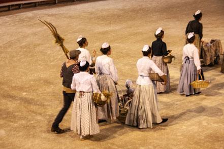 "Bild: Arles, Féte ""La Pegoulado"""
