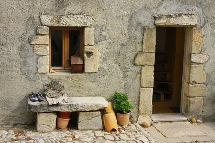 Bild: Hausfassade in der Provence